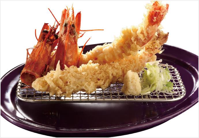文字通り、キングサイズのエビ天ぷら!  特大のブラックタイガーをサクサク衣で仕上げた一品です。