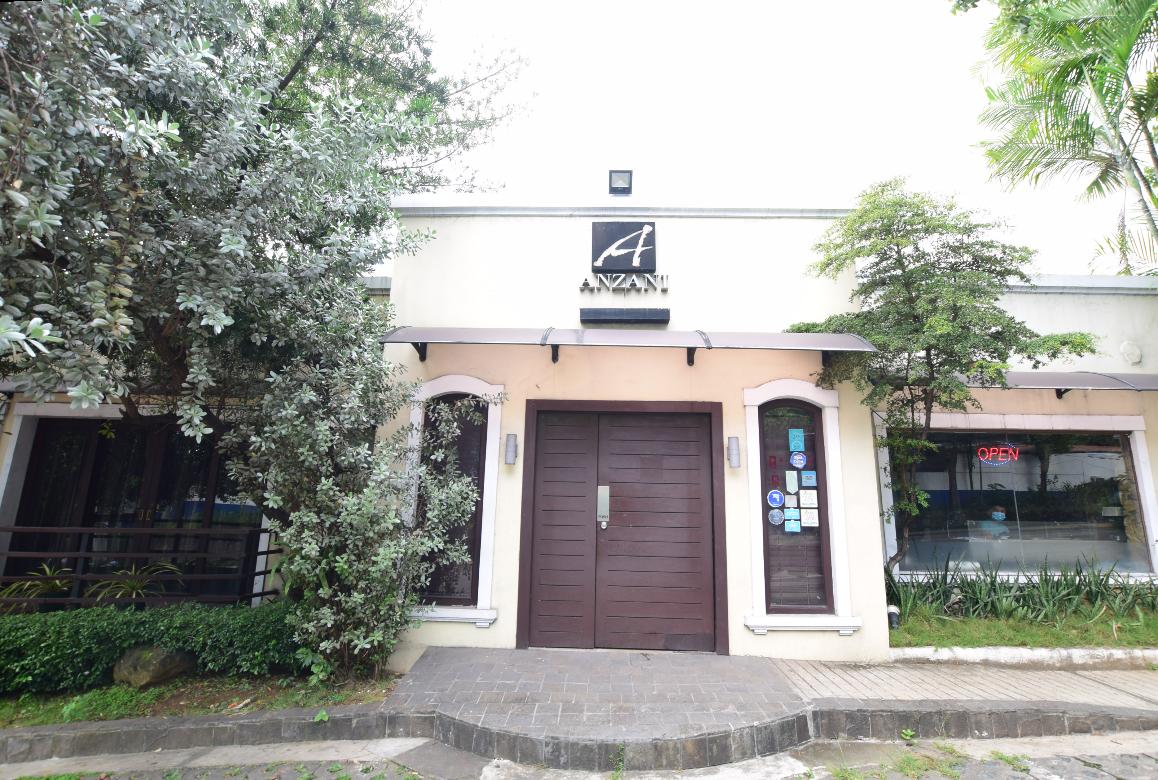 【2021年最新版】セブ島人気レストランの現在・Anzani New Mediterranean Restaurant: A Romantic dinner spot on top of a hill