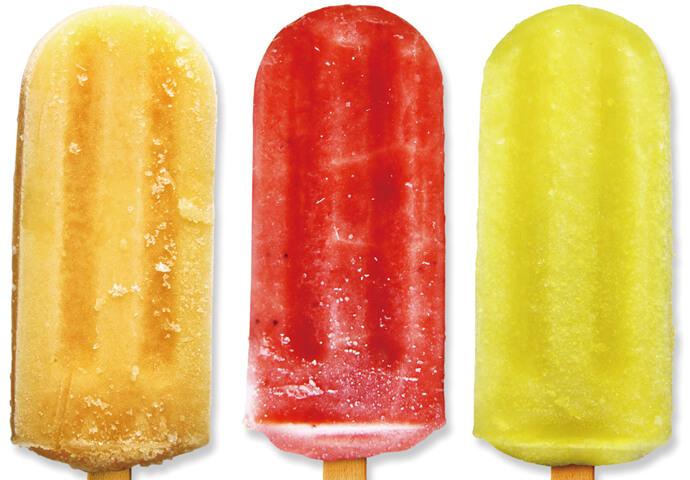 Fruit Pops(35ペソ) リーズナブルで大人気のアイスキャンディー♡ ブコ、パイナップル、マンゴー、サワーソップなど、セブならではのフルーツ味満載!