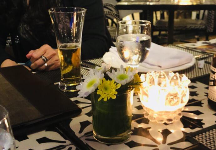 お酒もすすみます^^   とにかく落ち着いた雰囲気で、優雅な気分を味わえる、Montebello Hotel  今度は一度泊りに来たいと思いました!!