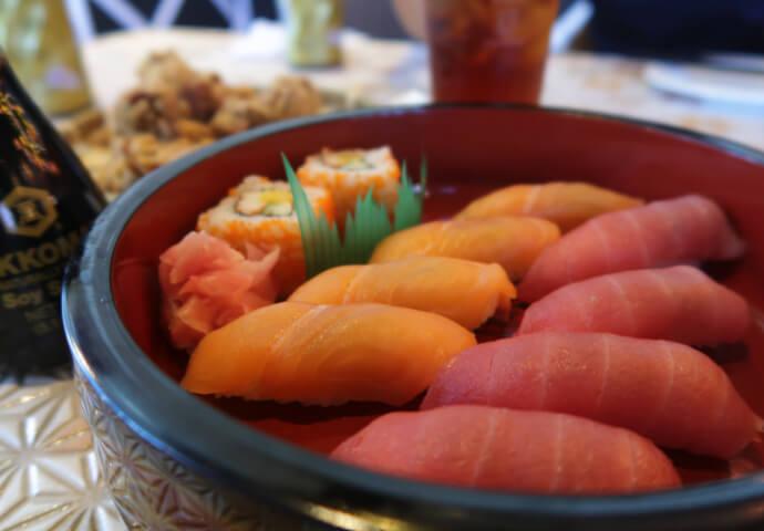 ちなみに私はオープニング日にサーモンとマグロの刺身と唐揚げなど 食べましたがどれも絶品で日本クオリティでした!