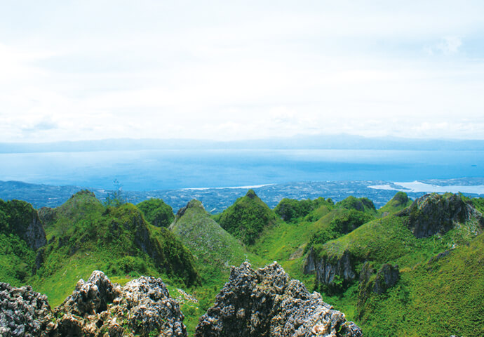 Fully experience magnificent nature! Osmeña Peak