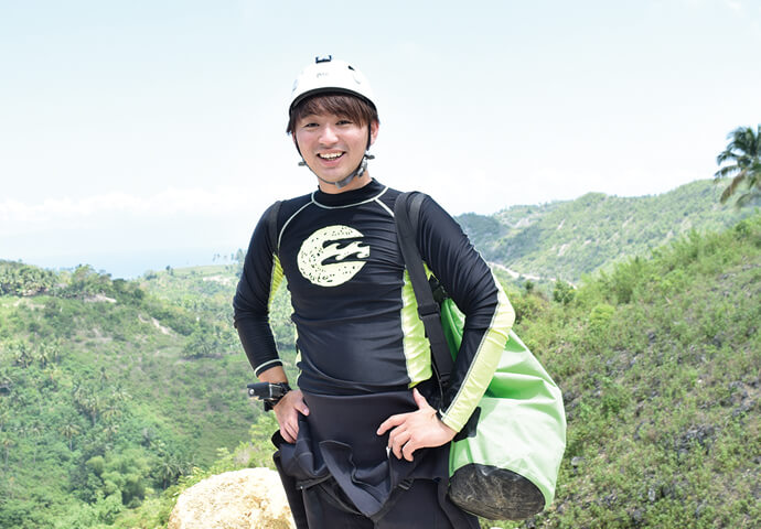 Experience the breathtaking nature of Cebu. Experience the thrill of canyoning!