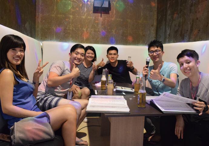 IT ParkにNewカラオケ?!英語、日本語、 中国語、韓国語、タガログ語の楽曲数が 豊富♪誕生日等パーティーはココで♪