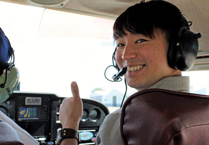 憧れの飛行機を操縦できるアクティビティ!? セブの雄大な景色を空から眺める貴重な体験! キッズや女性も大歓迎の「体験操縦」を楽しもう!